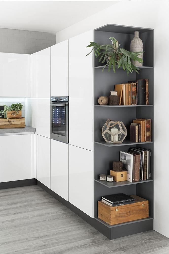 Cucine moderne con gola korinna evo cucine - Cucine moderne particolari ...