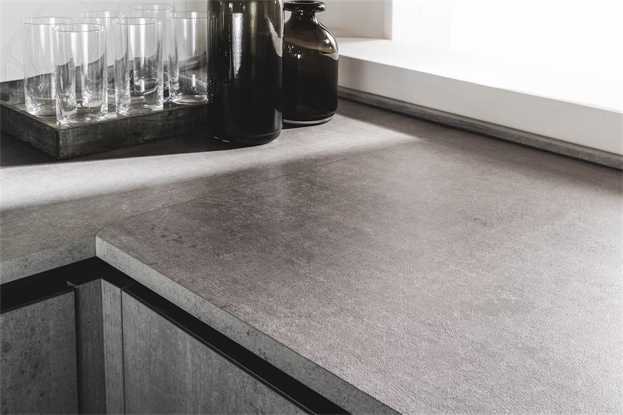 Evo cucina agora particolare top bordo dritto grigio - Top cucina in cemento ...